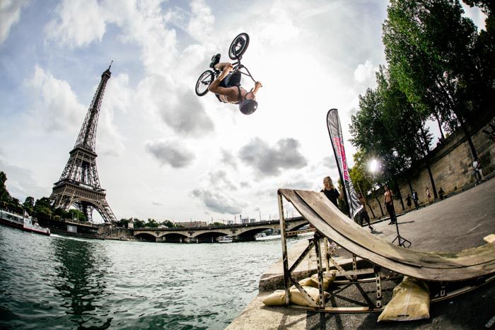 Water Jump – Paris